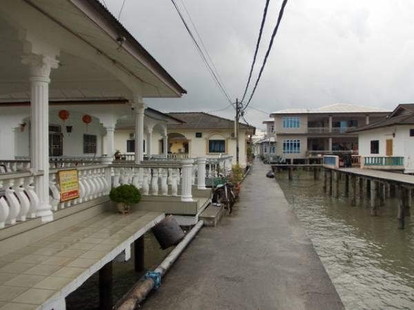 不论是豪华旅舍还是居家渡假屋,在咸水港小渔村处处可见。