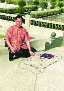 吴佰霖道长被林老太太托梦,也为她解决了土葬问题。