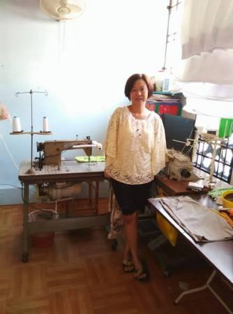 这一台老旧的缝纫机是从妈妈到Susan 这一代,可是「培养」了不少感情,她视它如珍如宝。
