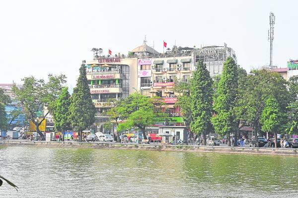 还剑湖就在河内闹市里,为河内带来一片祥和气息。