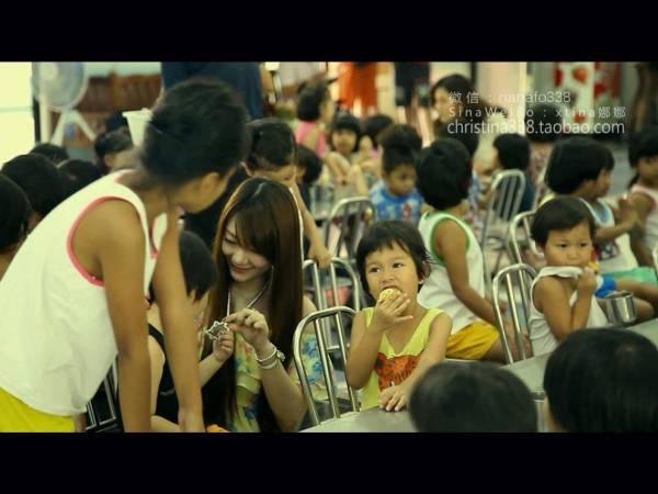这几年来,齐娜每隔几个月都会捐助给孤儿院、养老院等等,也经常施棺、捐庙宇,因此泰国佛教界对齐娜的名字并不陌生。