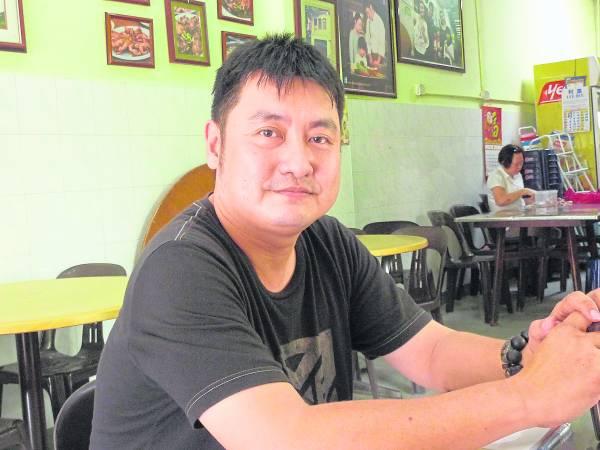 西公园第三代传人陈傅海经历风雨,过去艰难的日子让他成长。