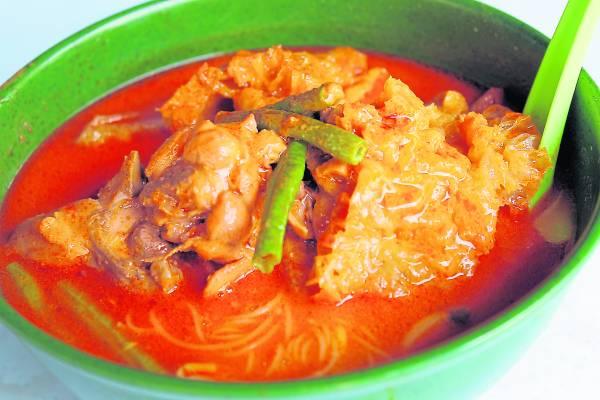 陈氏咖哩面,独特的香味,深深掳获食客的胃。
