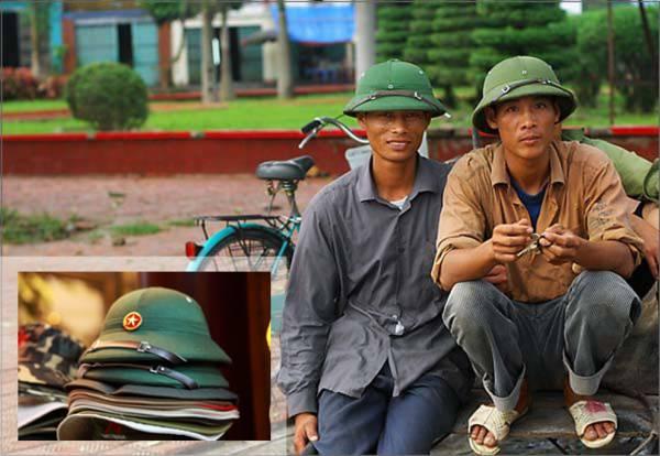 """越南人把这种绿帽称之为""""Mu Coi"""",凡是戴上Mu Coi的男士,就自然会和英雄有着千丝万缕的联系。"""