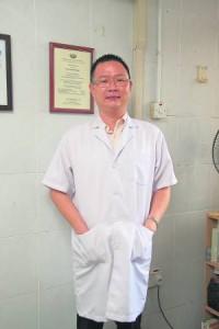 王玟富医师直言,西芹里还含有芹菜油,具有降血压、镇静、健胃、利尿等疗效,是一种保健蔬菜。