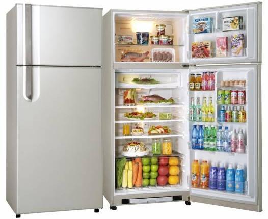 在风水学来说,冰箱代表财库,若一开门就见冰箱代表财库外露,需在冰箱上放财宝石化解。