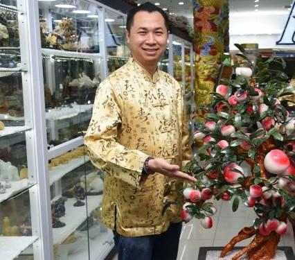 黄達文师父表示,家中可适当的摆放一些吉祥风水物,有助催旺运势,带来好磁场。