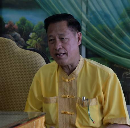 吴道长表示,若先人一睡一坐,后代子孙必会吵架,搞到家庭不和。