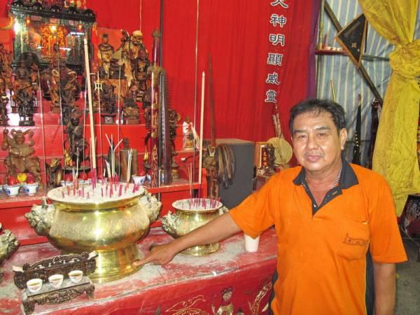 坛主兼中坛元帅代言人蒲德才表示,南山寺已有76年历史,至今已传了三代。