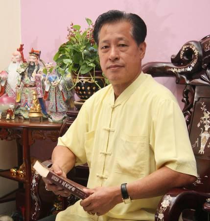 吴道长表示,不是每个坟墓都可放置麒麟,只有大人物才可以。