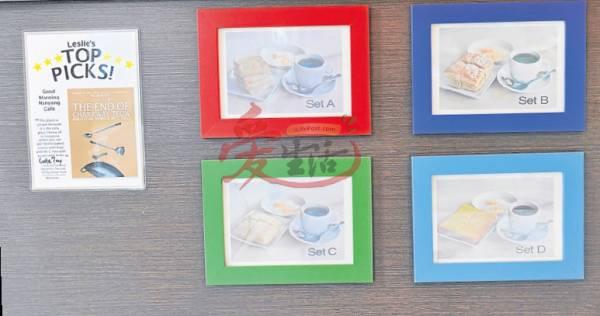 咖啡店老板蔡广和将配套餐牌贴在收银处,让白领族快速购买早餐。