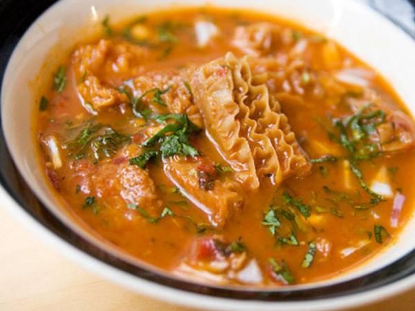 墨西哥以牛胃炖成汤的menudo,可是非常受欢迎哦!