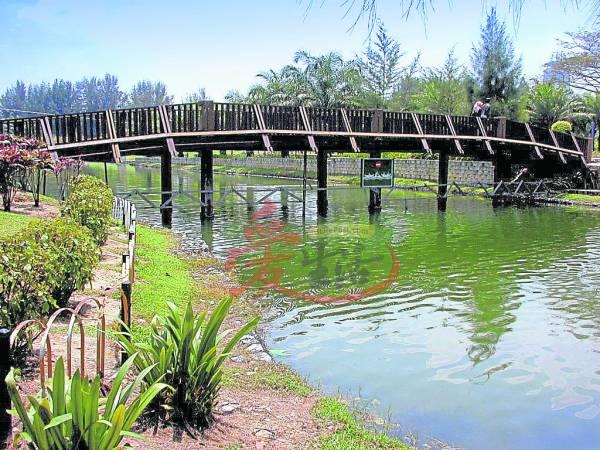 这里风景优美,是情侣拍拖的好地方。 蒂蒂旺沙湖滨公园 6, Lorong Titiwangsa, 53200 Kuala Lumpur, Malaysia. GPS导航:3.180176, 101.707717