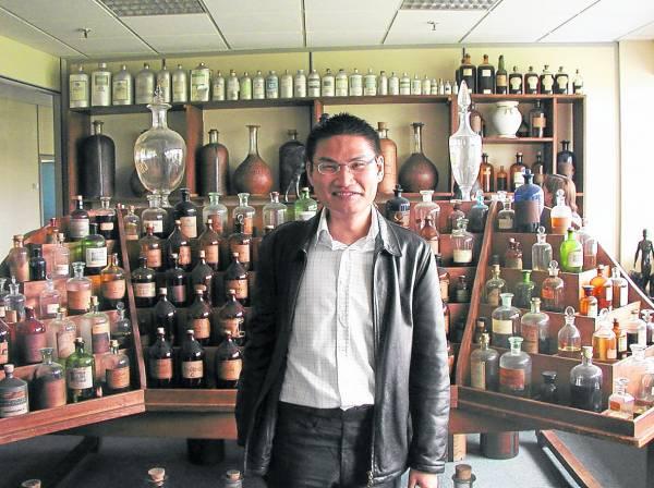 李骏逸从小就对香水很感兴趣,一直想修读芳香专业。