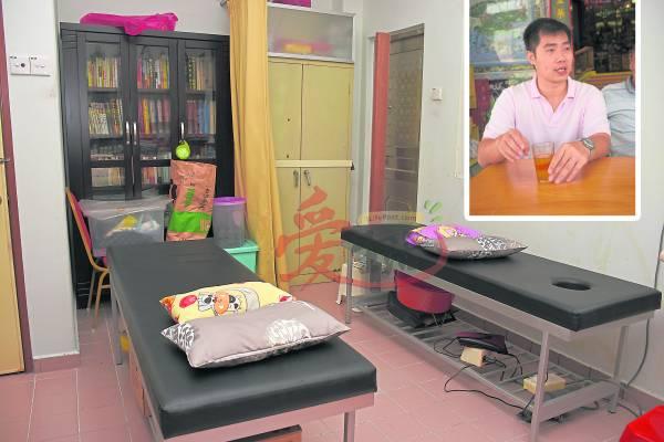 天地宫内设有医务室,叶耀斌医师会为有需要的善信提供中医治疗服务。