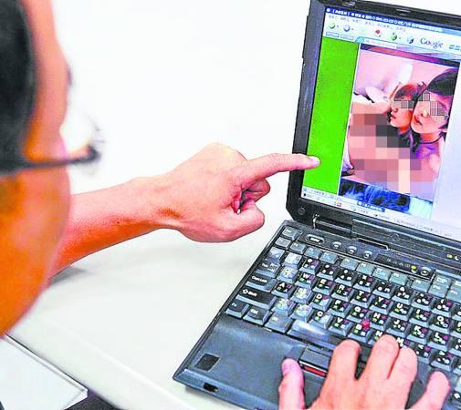 网友表示,那些刻意卖弄性感、性欲的照片毫无美感可言,反而那些被人偷拍的裸照反而更有吸睛度。