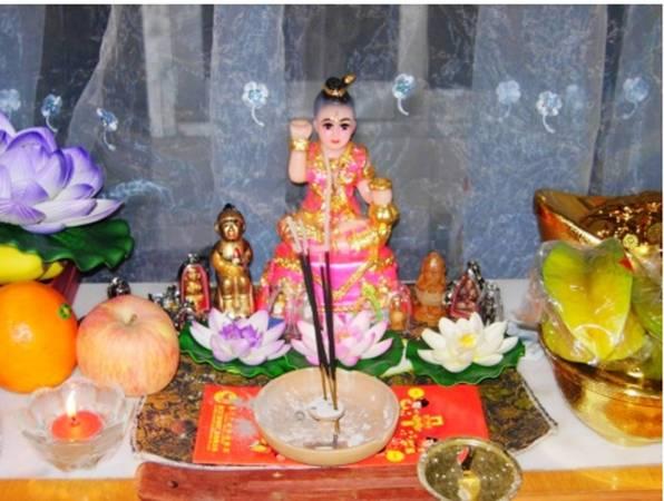 """在泰国古曼童有分男女,女的称古曼丽,阴府七姑娘庙则视为""""娃娃神""""膜拜。"""