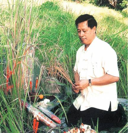 过去几十年来在这行业遇上许多灵异事件,吴佰霖道长只会以平常心去面对。