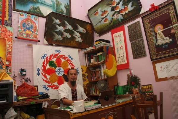 林上师作画题材非常广泛,佛教故事、人物肖像、翠竹、山水、禽兽,都是他绘画的内容。
