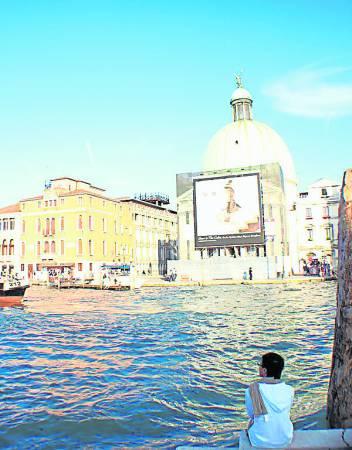 玖健在威尼斯的旅程中,悠闲的享受水乡的慢生活。