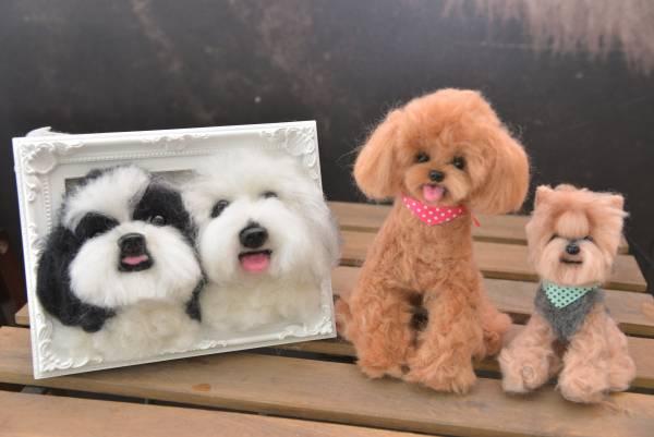 除了3D 狗儿公仔,Piper 还帮人制作平面设计的狗狗相框。