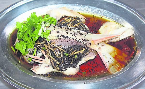 客家豆豉金凤鱼