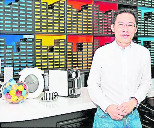 "Diamond老板林进活不惜成本砸下100万投资在陈峰的公司""180"",并成为长期合作伙伴。"