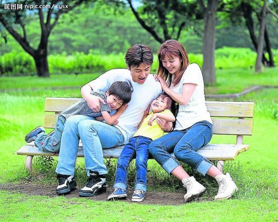 一个温馨的家庭,需要靠夫妻俩的互相迁就与配合。