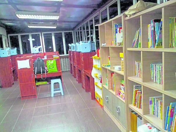 CP爱儿院为爱儿们打造了活动阅读间,让他们能够不断提升学习能力。