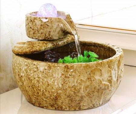 在财位摆放流水盆有助于启动财运。