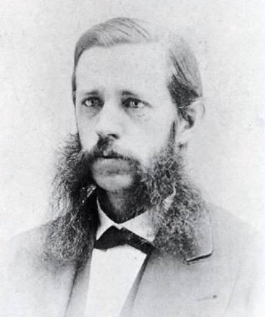 """威廉温彻斯特是美国著名的""""温彻斯特步枪""""的发明者,第一大战期间,为其制枪公司带来非常高的利润,但也因此导致死亡的人数更多。"""