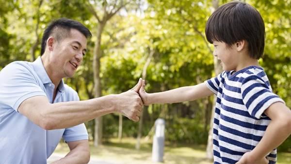 父母的耐心与包容,让孩子能在充满爱的环境下健康成长。