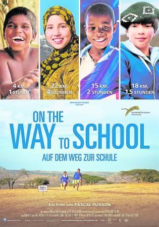 法国一名导演以纪录片方式,拍摄了4个国家的小朋友的逐梦上学路,他们要避开凶猛的野象、越过危机暗伏的草原、翻过山头……只为了一圆读书梦。