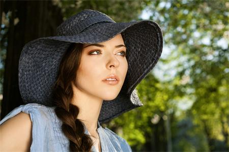 没想到简单的戴帽子,竟然能起着改命增运之效。