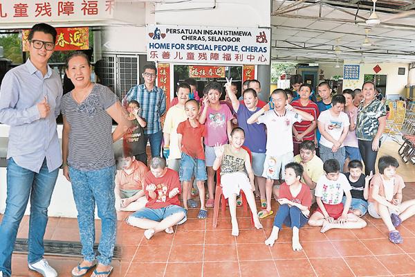 """邓进宏表示,他们都是我的""""孩子"""",希望热心人士能够发挥善心,帮助他们。"""