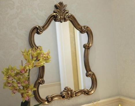 镜子不能随便乱放,万一放错了就会破财损福。