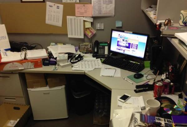 杂乱的书桌,亦是阻挡贵人不来的因素之一。