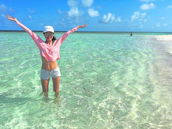 """常周游列国的我国国际名模Amber Chia 谢丽萍,""""人生必须要有旅游,要不真的少了些意义……"""""""