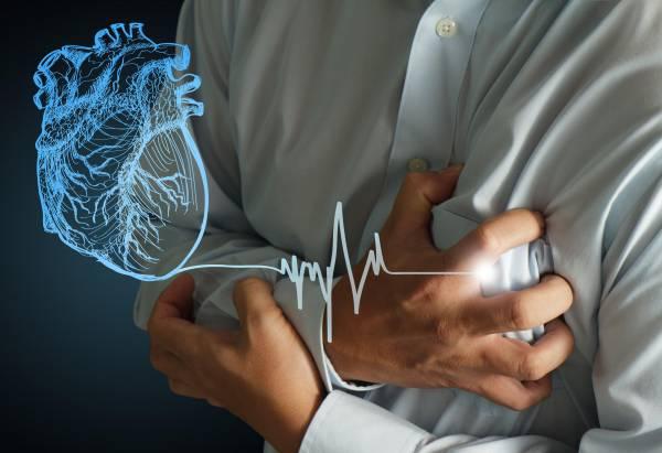 心血管阻塞所带来的危害非常大,网络流传了两则偏方,只需要一些简单的食材,如:姜、黑木耳、蒜等等,就能达到通血管的功效。