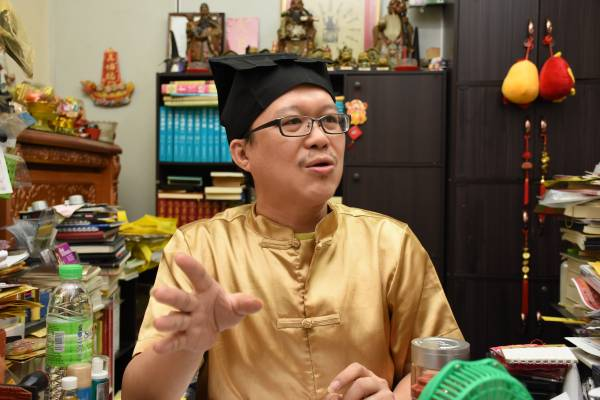 王忠文道长表示,最倒霉的人也有赢钱的时候的,只要能够准确推断赢与输的时间,就有反扑的机会。