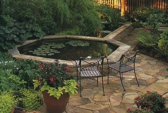 """"""" 恶水"""" 会对家宅带来不良的影响,因此欲在家宅內增建水池时,要须谨慎处理。"""
