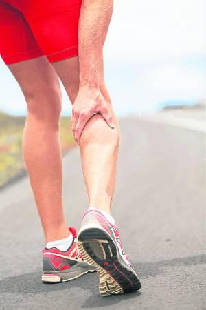 你有没有试过,半夜睡得正香甜的时候,突然被疼痛难奈的脚抽筋惊醒,隔天更可能因拉伤肌肉而影响走路。