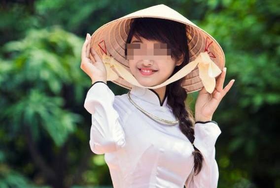 妙婵师太揭露,阿強被越南新娘下了毒蛊,让他受尽折磨,幸好得以破解,摆脱痛苦。