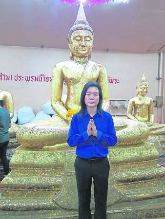 金口师父表示龙婆梭通显灵非常高,可说是有求必应,此趟泰国行,他就是感应到龙婆梭通召唤,当然不能错过到屈梭通佛寺膜拜祂。