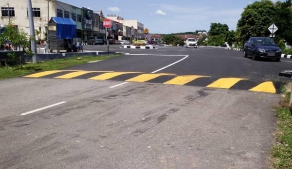 在路口做路墩,有助化解三岔口帶来的形煞,改善不良气场。