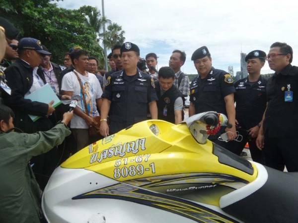 海边流氓:去年尾,泰国警方公布30个水上摩哆业者的黑名单,他们常年在芭堤雅海滩诈骗游客。