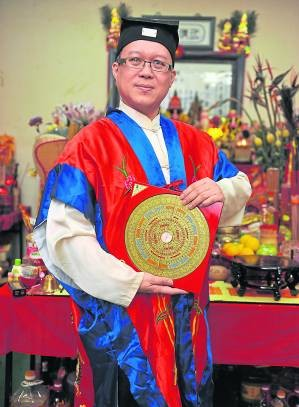王忠文道长表示,文王卦的独特之处就是,要学也不难,但是要精却不容易,可是一旦能掌握善用,绝对受用无穷。