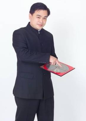 """陈泇润师父表示,,一个人的运势会受到居住环境的好坏而影响,不妨找出住处的""""乾隆位"""",移走破坏风水的布置,有助改善不好的运势。"""