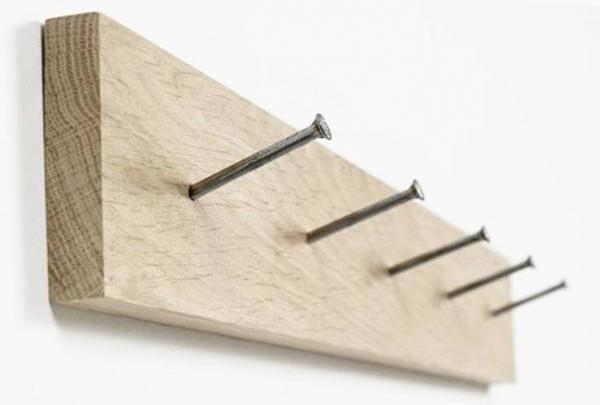 外露的钉子会产生不良的效应,不再使用的钉子要马上拔去,以免破坏家居风水布局。