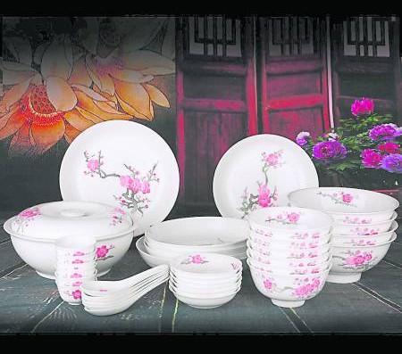 在新的一年里用一些新的碗具,做事才能圆圆满满,丰衣足食。